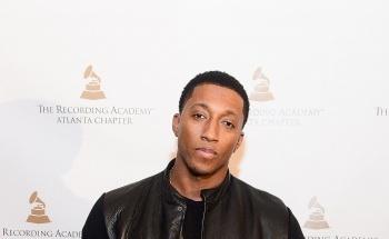 Rap Evangelist Lecrae Wins Grammy for Song 'Messengers'  
